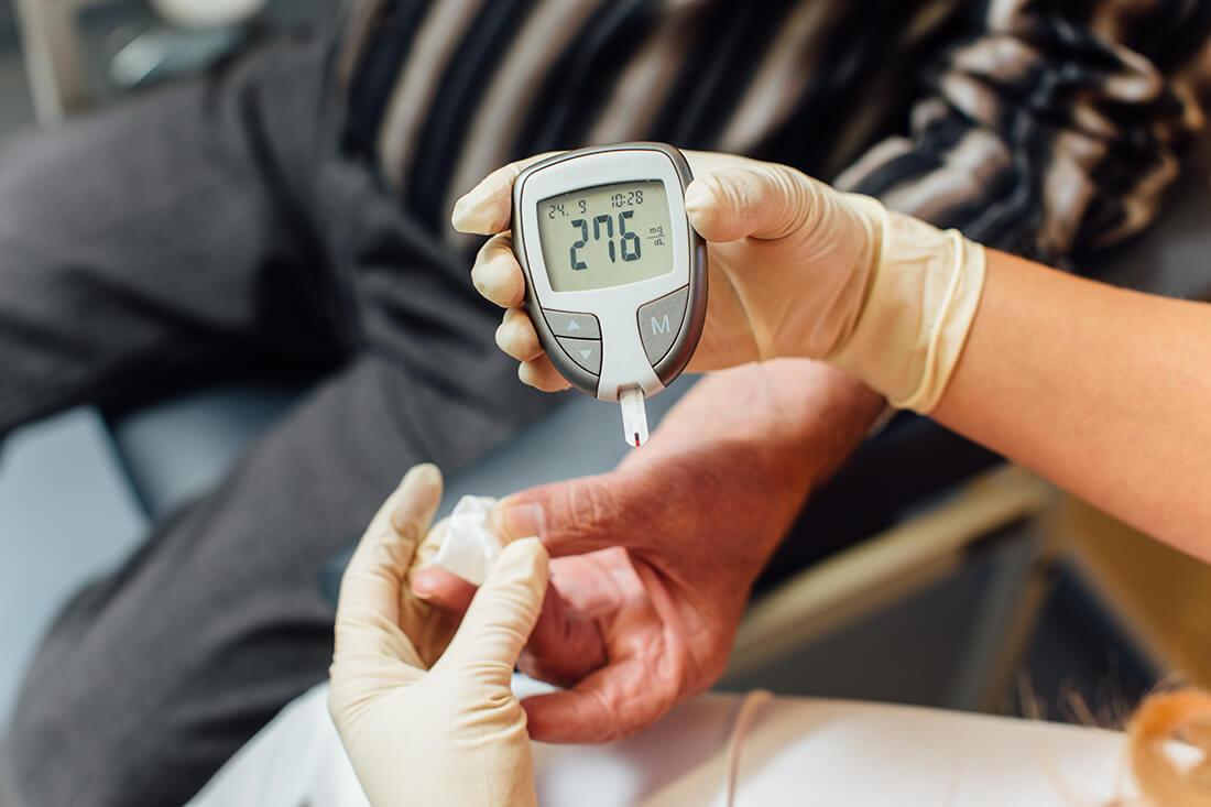 Hausarzt Ampfing - Feige - Leistungen - Blutzuckermessung